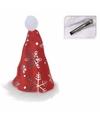 Mini kerstmutsje met sneeuwvlokken op clip